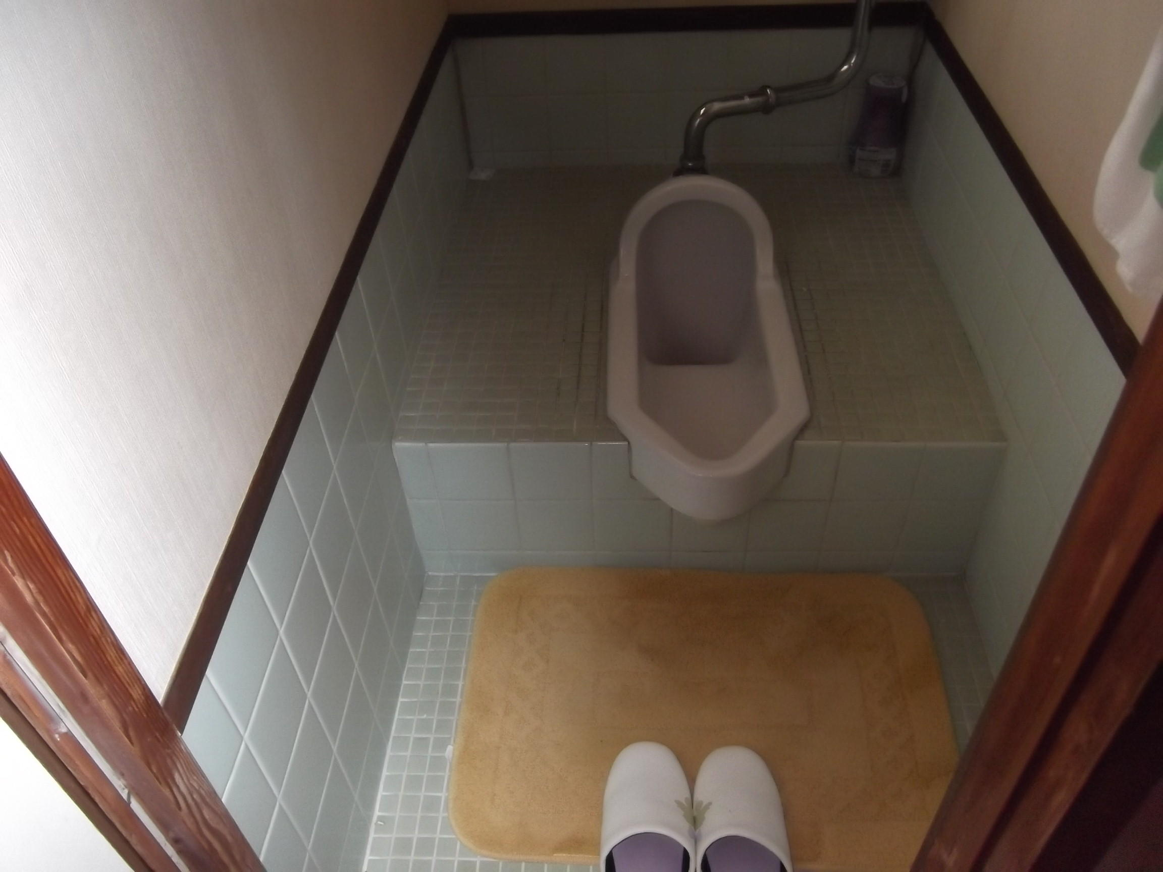 U様邸。和式トイレから洋式トイレへのリフォーム事例です。